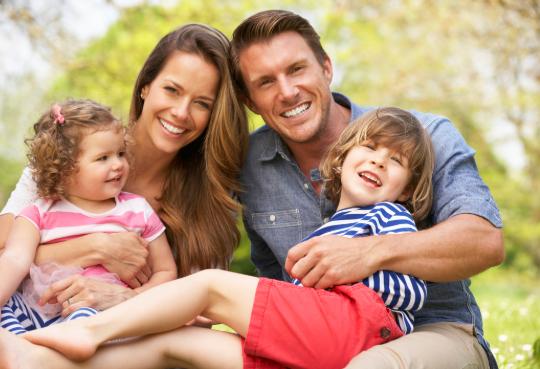 Ibu dan Ayah, Inilah Manfaat Mengajarkan Buah Hati Untuk Bertoleransi