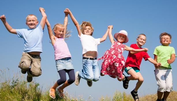 Tiga Tips Meningkatkan Kemampuan Sosialisasi Anak di Lingkungannya