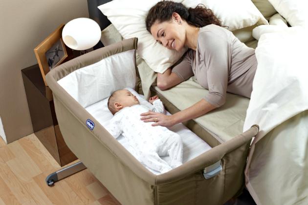 Tips Memilih Baju dan Tempat Tidur Bayi yang Benar